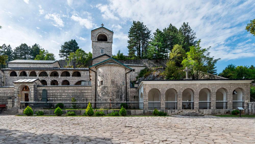 Черногория — подробная информация о стране
